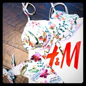 H&M super cute Bikini floral print set small